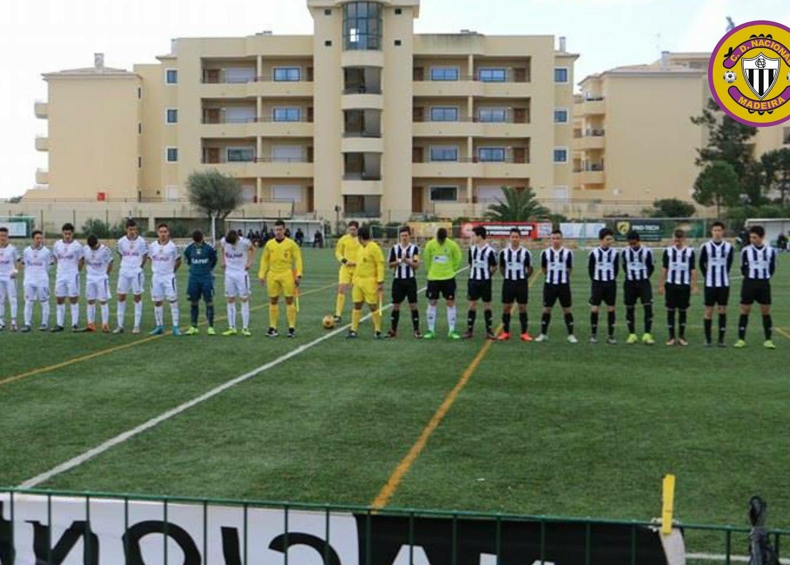 Feirense: Clube Desportivo Nacional Iniciados Derrotados Em Portimão