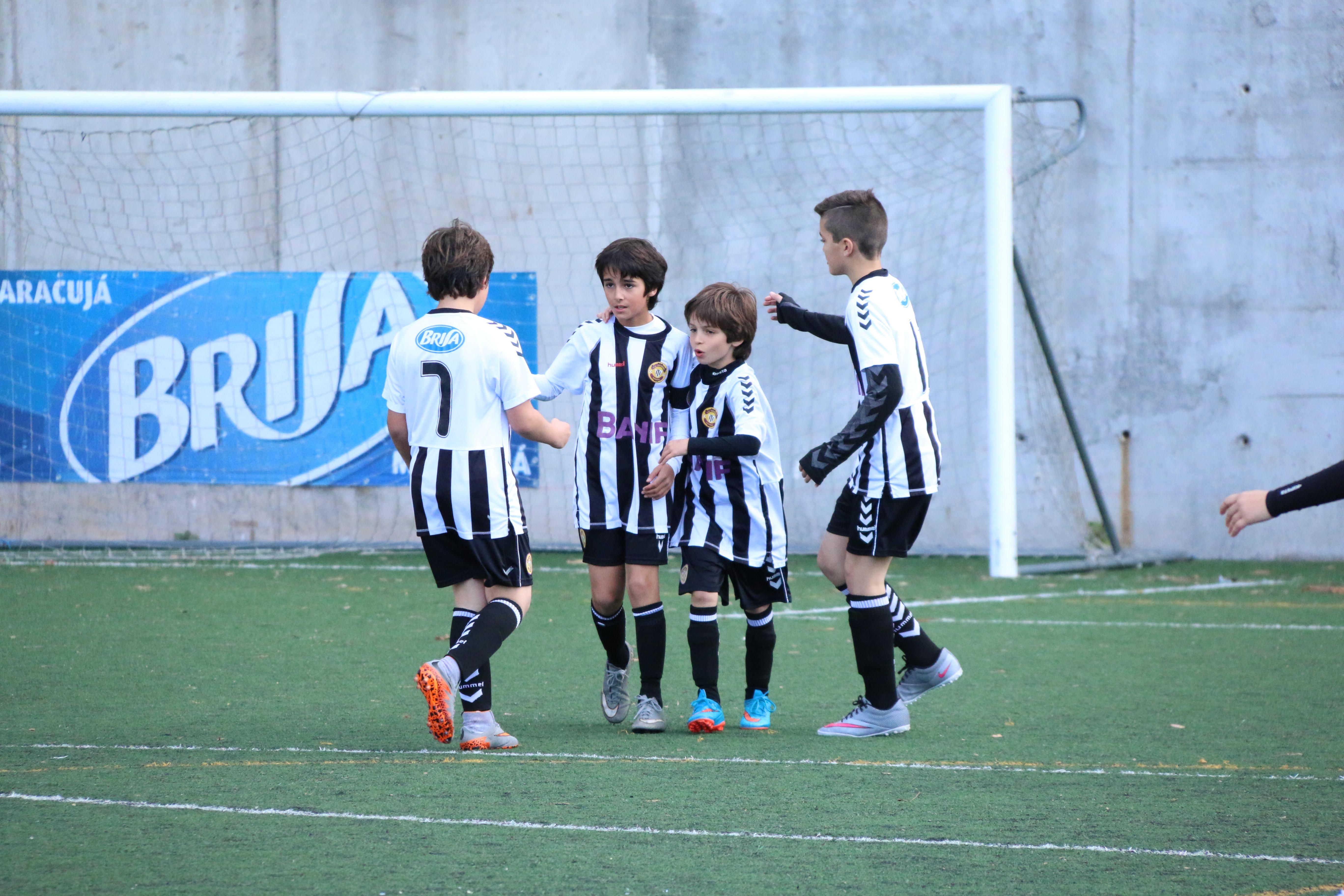 Feirense: Clube Desportivo Nacional Infantis/Benjamins: Resultados