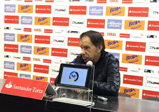 Feirense: Clube Desportivo Nacional Manuel Machado Pede Concentração